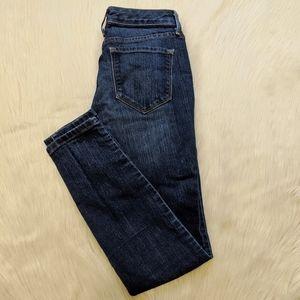 Nine West cigarette mid rise skinny jeans.